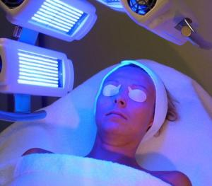 light therapy for psoriasis reviews