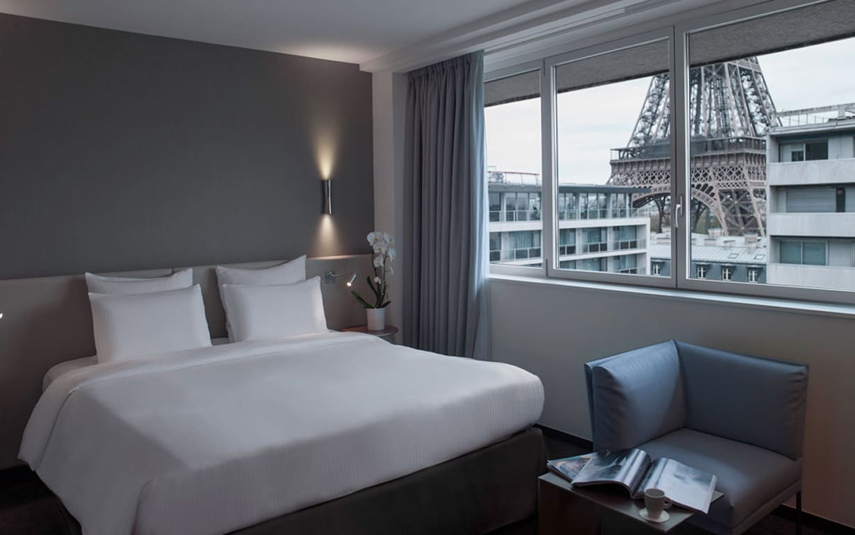 hotel 7 eiffel paris reviews