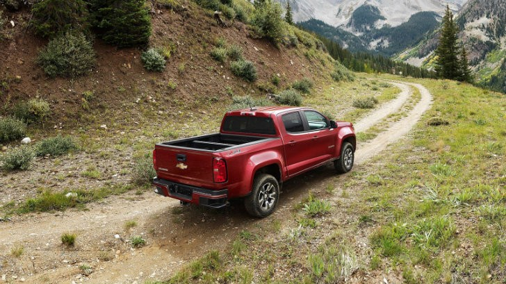 gmc canyon 5 cylinder reviews