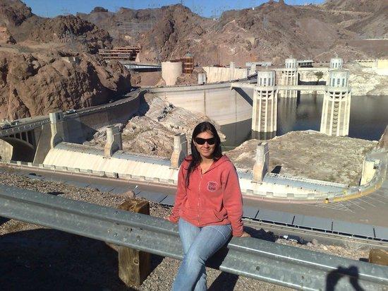 gray line hoover dam tour reviews