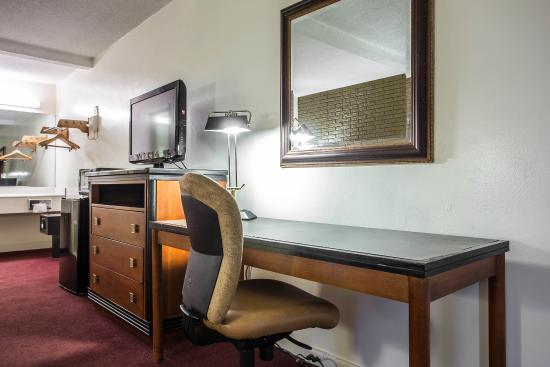econo lodge summerville sc reviews